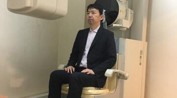 精密検査をしている画像(この画像は歯科用CT撮影中の画像)